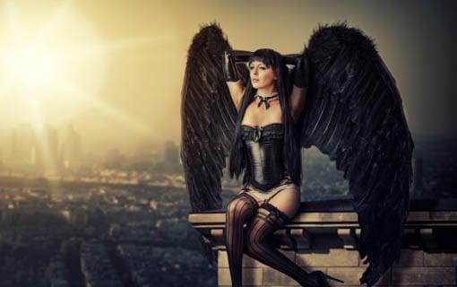 https://personallifemedia.com/wp-content/uploads/2015/10/sexy-angel-510x320.jpg