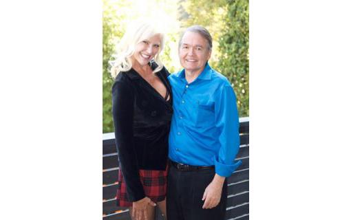 https://personallifemedia.com/wp-content/uploads/2017/02/Susan-Bratton-John-Gray-510x320.jpg
