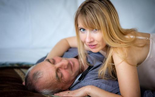 https://personallifemedia.com/wp-content/uploads/2021/07/Sweet-Couple.png